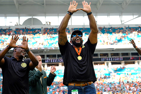 ray lewis at the ring of honor ceremony